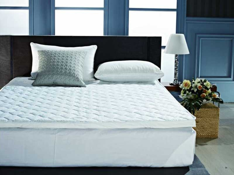 Pillow top de Plumas Importado 1,80 x 2,00 x 7